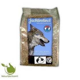 Jagdinstinkt Tierfutter | Hundebrot Hühner Kornfrei