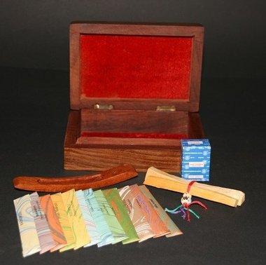 Luxus Holzkiste mit Weihrauch